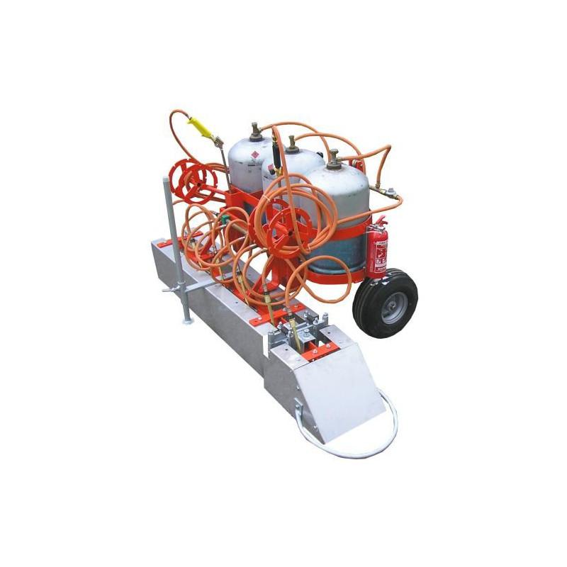Desherbeur thermique sur tracteur