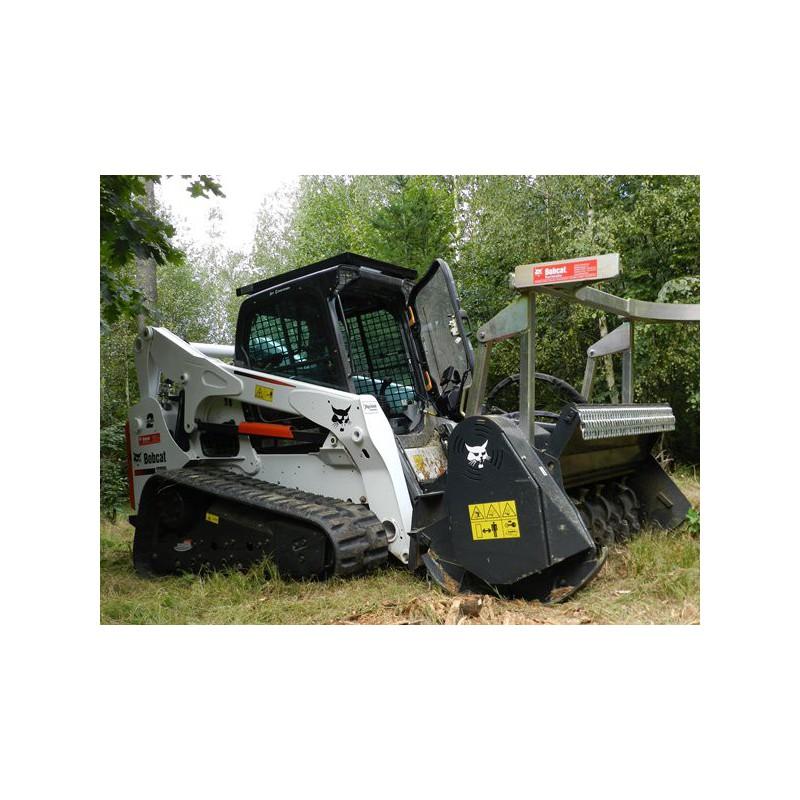 Bobcat T870 broyeur forestier